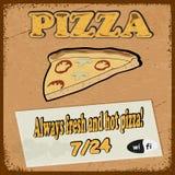 Postal del vintage con la rebanada de la pizza de la imagen de pizza Foto de archivo libre de regalías