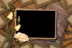 Postal del vintage para la invitación con el manojo de rosas Fotografía de archivo libre de regalías