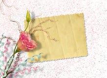 Postal del vintage para la invitación con el manojo de rosas Foto de archivo libre de regalías
