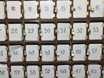 postaskar som stängs med hänglås Fotografering för Bildbyråer