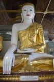 Postawa Buddha na postawie przyciszać Mara obrazy royalty free