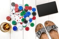 Postblog sociale media pook De lay-outmodel van het bannermalplaatje voor online casino Houten witte lijst, hoogste mening aangaa Stock Afbeelding