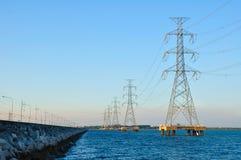 Poste de alto voltaje eléctrico Imagen de archivo libre de regalías