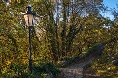 Poste de la lámpara del otoño Foto de archivo libre de regalías