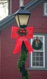 Poste de la lámpara de la Navidad Fotos de archivo