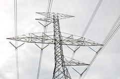 Poste de potencia de alto voltaje Fotos de archivo