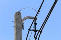 Poste eléctrico en la ciudad Imagenes de archivo
