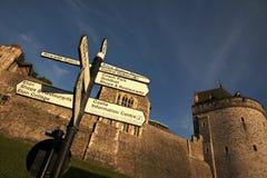Poste indicador turístico en el castillo de Windsor Fotos de archivo