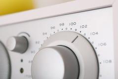 Poste radio moderne avec la rétro conception Photos stock