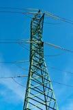 Poste y cables de potencia Fotografía de archivo libre de regalías