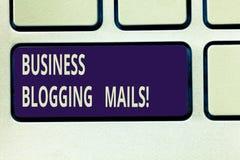 Poster för affär för textteckenvisning Blogging Offentliggör annonserar online-tidskriften för det begreppsmässiga fotoet eller e arkivbilder
