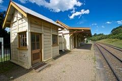 Postera byggnader, den Robertson järnvägsstationen, New South Wales, Australien Arkivfoton