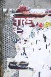 Posteres rasgados foto de stock