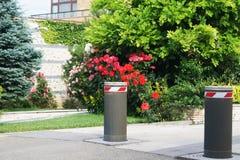 Postes de amarração de levantamento automáticos de estacionamento Imagem de Stock Royalty Free