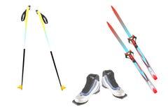 Postes de esquí, esquí y botas de esquiar Foto de archivo