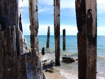 Postes de madera fotos de archivo