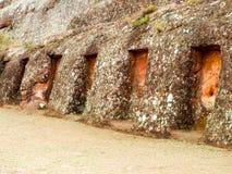 Posti adatti misteriosi nella roccia, El Fuerte de Samaipata, Bolivia, Sudamerica Luogo del patrimonio mondiale dell'Unesco Immagine Stock