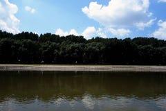 Posti naturali sulle armi di Danubio fotografia stock