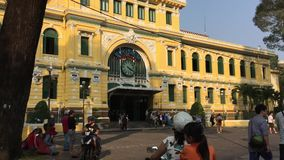Postkantoor in Saigon, Vietnam stock footage