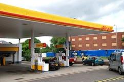 Posto de gasolina da gasolina do escudo Foto de Stock