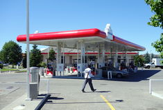 Posto de gasolina de Petro-Canadá Fotografia de Stock Royalty Free