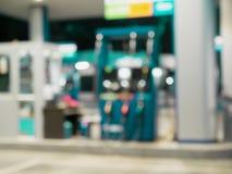 Posto de gasolina do borrão foto de stock