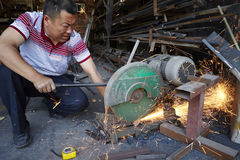Posto di lavoro difficile, officina di funzionamento d'acciaio Immagini Stock