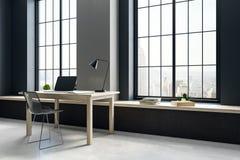 Posto di lavoro nell'interno minimalistic Fotografie Stock Libere da Diritti