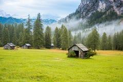Posto di resto nelle alpi delle dolomia, Italia Immagini Stock Libere da Diritti