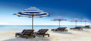 Posto letto per ricoveri giornalieri sulla spiaggia Immagini Stock Libere da Diritti