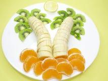 Postre creativo de la fruta Imagen de archivo libre de regalías