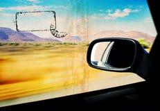 Postre de Grunge en el windiow del coche Fotos de archivo