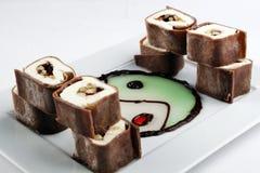 Postre del rollo del chocolate dulce Imágenes de archivo libres de regalías