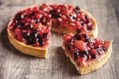 Postre delicioso de la tarta de la fruta Fotos de archivo