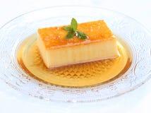 Postre delicioso del caramelo de nata Fotos de archivo libres de regalías