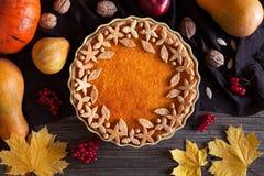 Postre dulce orgánico de la empanada agria hecha en casa de la calabaza Imagenes de archivo