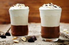 Postre helado del mousse de chocolate de la mantequilla de cacahuete Fotografía de archivo libre de regalías