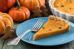 Postre sano para la acción de gracias Empanada abierta de la calabaza con la calabaza Imagen de archivo libre de regalías