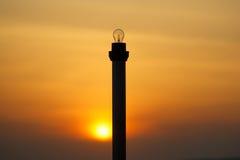 Posts de la linterna de la puesta del sol Fotos de archivo libres de regalías