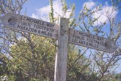Posts de muestra del sendero del St Michaels Way fotos de archivo