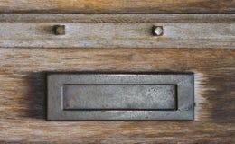Postschlitz-Briefkasten Stockfotos