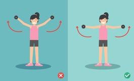 Postura lateral del aumento de la pesa de gimnasia incorrecta y correcta de la mujer Fotos de archivo libres de regalías