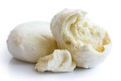 Poszarpana piłka odizolowywająca na bielu mozzarella ser Obraz Stock