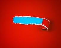 Poszarpany czerwień papier, przestrzeń dla teksta z błękitnego papieru tłem i Fotografia Royalty Free