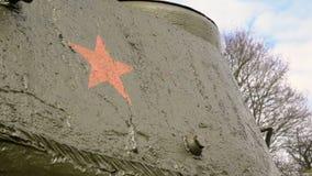Potężny militarny zbiornik zdjęcie wideo