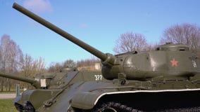 Potężny militarny zbiornik zbiory wideo