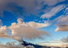 Potężny wybuch Tungurahua wulkan Obrazy Royalty Free