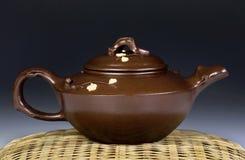 Pot antique de thé de Yixing Photographie stock libre de droits