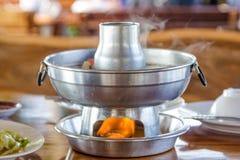 Pot chaud de soupe Images stock