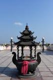 Pot chinois de bâton d'encens Photographie stock libre de droits